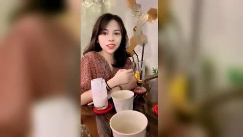 越南偶遇气质美女,看到眼前的这一幕,太甜美了吧