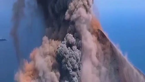 来自大地深处的爆发!发生这样的状况,难道这是地球母亲生气了吗?