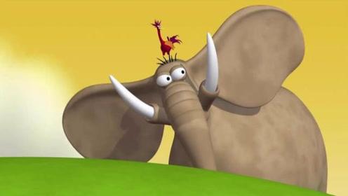 搞笑动画:小鸟和大象埋伏在路边整蛊小伙伴们