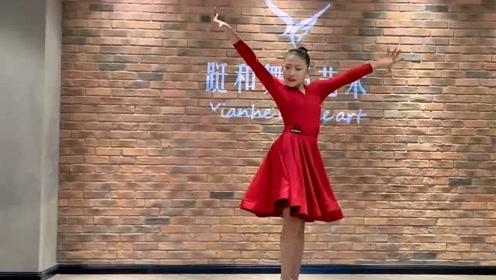 拉丁舞《卓玛》,民族经典百听不厌,抒情唯美伦巴舞