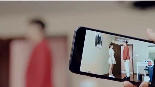 心机女假借排练,让女孩跟男生表白,自己偷偷录下视频