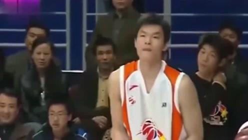 """当年朱芳雨的三分球有多准视频告诉你他是有多么的""""可怕"""""""