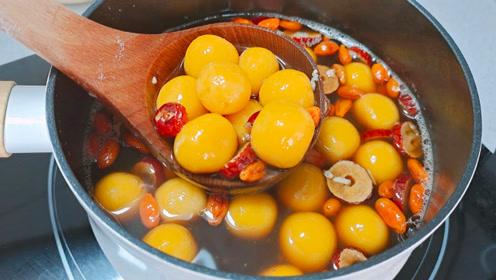 入冬后,我常用这3种食材煮汤,8元做一大锅,暖胃补血,全家人都爱喝