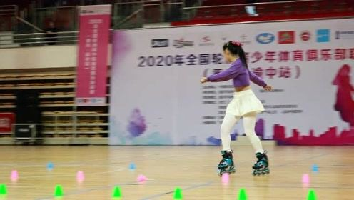 2020全国轮滑青少年体育俱乐部联赛(重庆站)少年女子乙组第九名雷靖萱