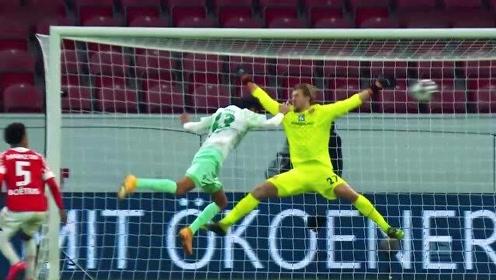 德甲第13轮五佳球:希克天外飞仙弑拜仁,穆科科暴力突进斩首球。
