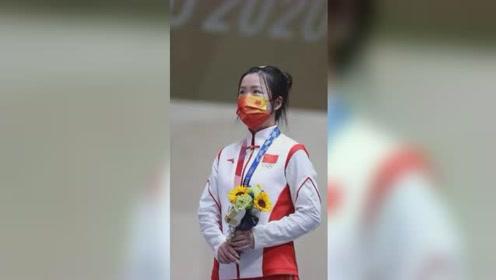 燃!00后射击小将杨倩摘得东京奥运会首金,义勇军进行曲响彻日本