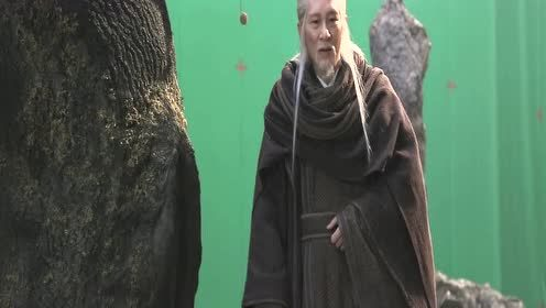 Behind the scenes: Master Wang Jin Song scared Wang Hedi | Ever Night S2