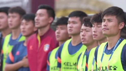 带着足球人的信念与信仰继续前行!中甲联赛为祖国庆生