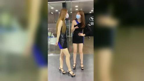 美不美先看腿,穿上高跟鞋让美腿更修长有魅力