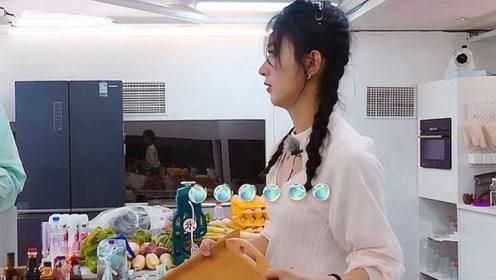 林大厨买了一冰箱鱼,赵丽颖听完瞬间不干了:
