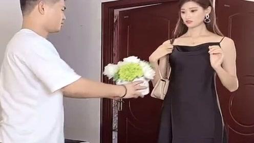 美女穿短裙参加聚会,老公看到后这举动,真是笑死人不偿命!
