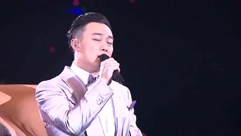 嗓子声音沙哑,却造就了最经典的版本,陈奕迅:没办法,就是有实力!