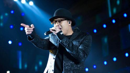 金润吉现场演唱《路》,不愧是惊艳整个韩国的大神,太好听了!