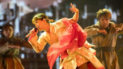 滨崎步的这首歌,当年一发行就火遍全球,忍不住单曲循环