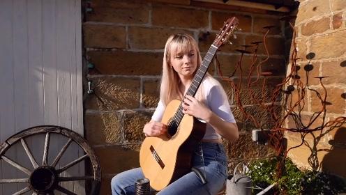 美女古典吉他手Alexandra演绎Vals Op.8, No.4(华尔兹第四号)