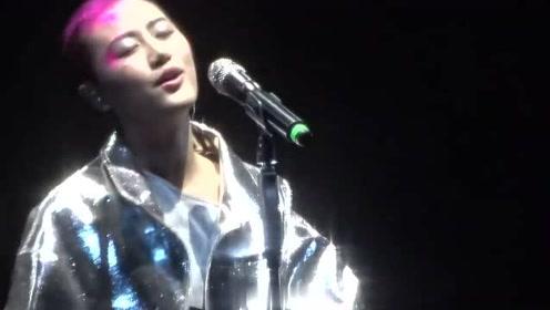 陈粒小梦大半上海站演唱会《祝星》真是太美了!