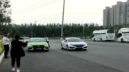新款名爵6,与上一代神车本田思域百米加速竞赛、到底谁最快呢?