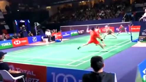 羽毛球:郑思维不愧为世界一流高手,这拍吊球出乎了对手的意料