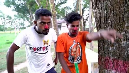 搞笑视频:印度三哥的演技毫无违和感,这搞笑水平,呵呵