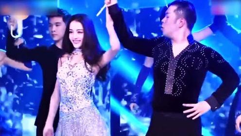 盘点迪丽热巴跳舞名场面,跳拉丁舞全场沸腾,杜海涛表情抢镜!