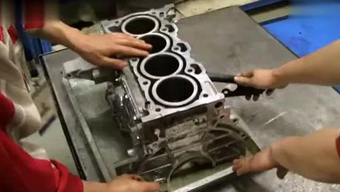 发动机总成的装配 (28播放)