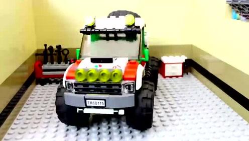 乐高儿童玩具视频 司机把越野汽车开出组装中心