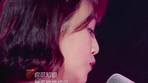 """蓝盈莹实力演唱《别找我麻烦》,开口跪,难怪伊能静也说""""C位出道吧!"""""""