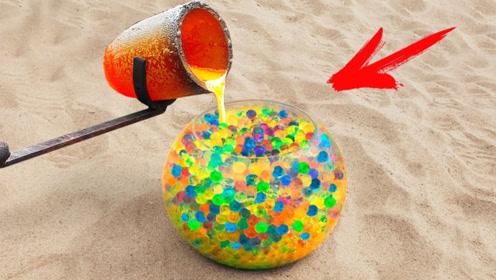 把岩浆倒在水宝宝里会有什么变化?老外实测,最后得出艺术品!