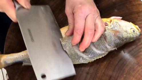 饭店做的黄花鱼为啥好吃?原来有秘诀。跟大厨学做,鱼肉好吃没腥味!