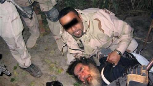 萨达姆被美国人俘虏后,3年的监狱生活有多惨?24小时遭到监控!
