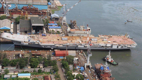 """印度国产航母:旅游公司发现商机,被打造成""""网红景点"""""""