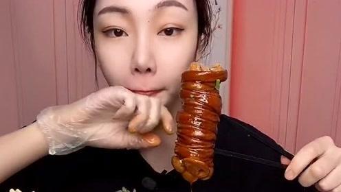 猪捆肠吃得太香了,看得我都饿了