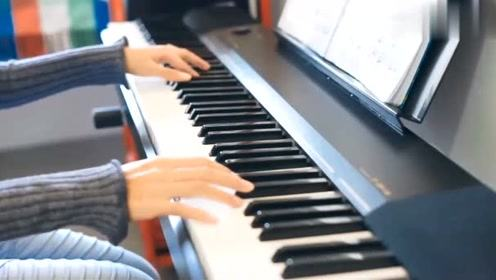 电子钢琴入门自学教程让你12天熟练解决双手指法难题