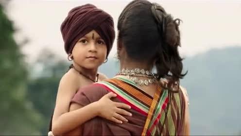 河内飘来一个小婴儿, 从小就力大无穷, 没曾想是未来国王