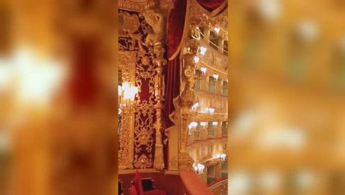 澳门最大的赌场威尼斯人度假酒店