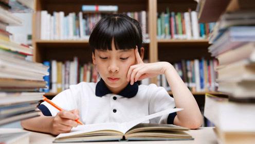 这位小学老师表情包评语走红,网友:我都想写作业了!图片