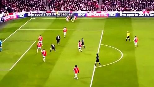足球比赛中不可思议的十个小角度破门,卡瓦尼连过数人完成得分