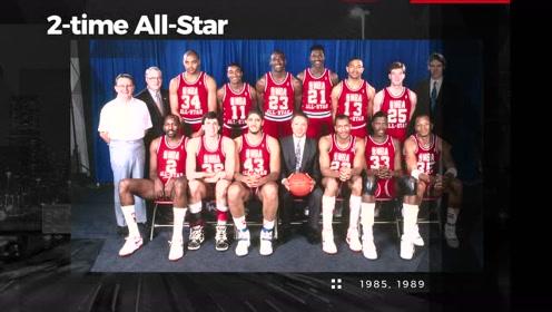 1982年榜眼秀特里卡明斯 新秀赛季即荣膺年度最佳新秀!