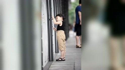 小朋友不高兴也一样可爱,你觉得呢?