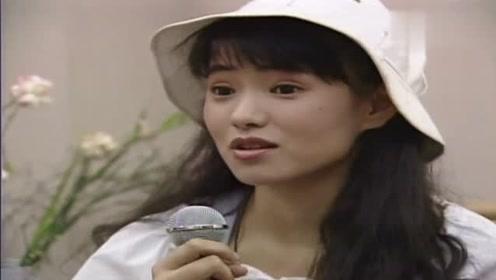 1992年音乐才女伊能静大谈恋爱观 这颜值俘获无数少男少女心