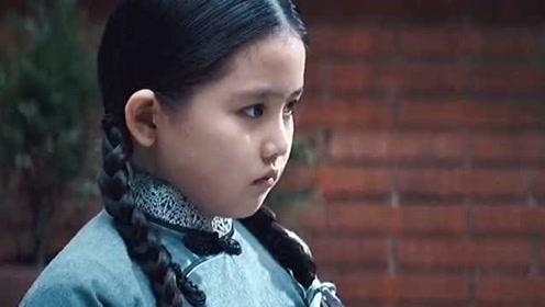 """小女孩竟是""""神弓手"""",能用铅笔头打穿靶子,看到最后服气了!"""