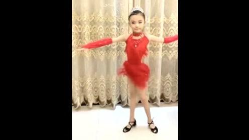 宋小睿真是多才多艺!童模出身的她,竟连拉丁舞都跳得这么好!