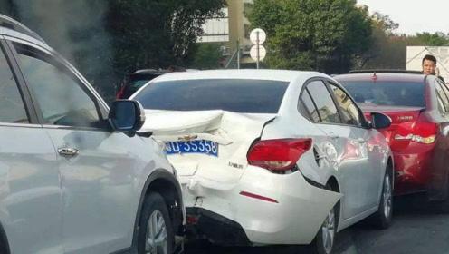 行人闯红灯被撞死,车主需要承担责任吗?交警:再说最后一次