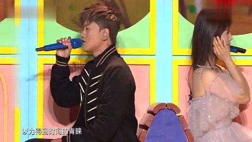 张杰谢娜深情演唱《这就是爱》,这就是爱情的模样,太甜了