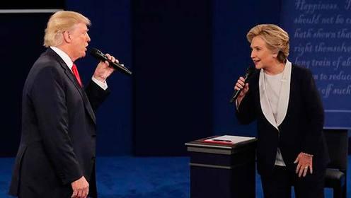 川普和希拉里对唱