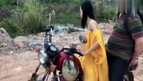 美女搞笑视频2