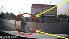 电动车美女路口玩套路,多少老司机都中招,防不胜防!