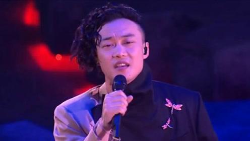 大神之作港乐巅峰,陈奕迅经典粤语歌曲《一丝不挂》,深情太迷人