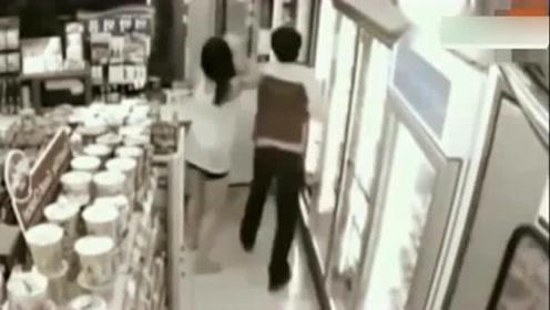 女子深夜来到超市,,视频拍下奇葩的画面
