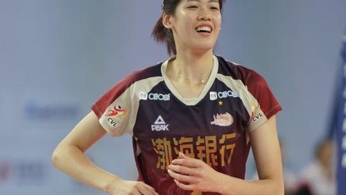 丫头李盈莹进步越来越快了!女排全锦赛淘汰赛精彩集锦!